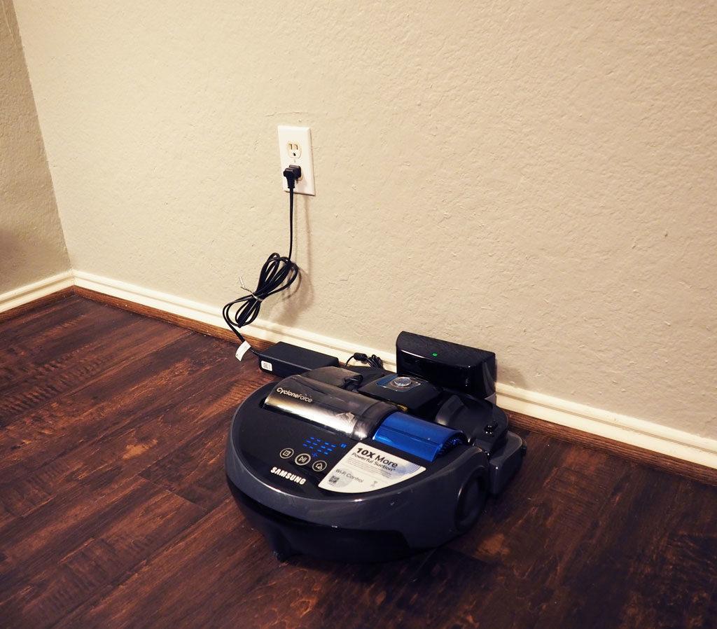 Samsung-POWERbot-Robot-Vacuum-4